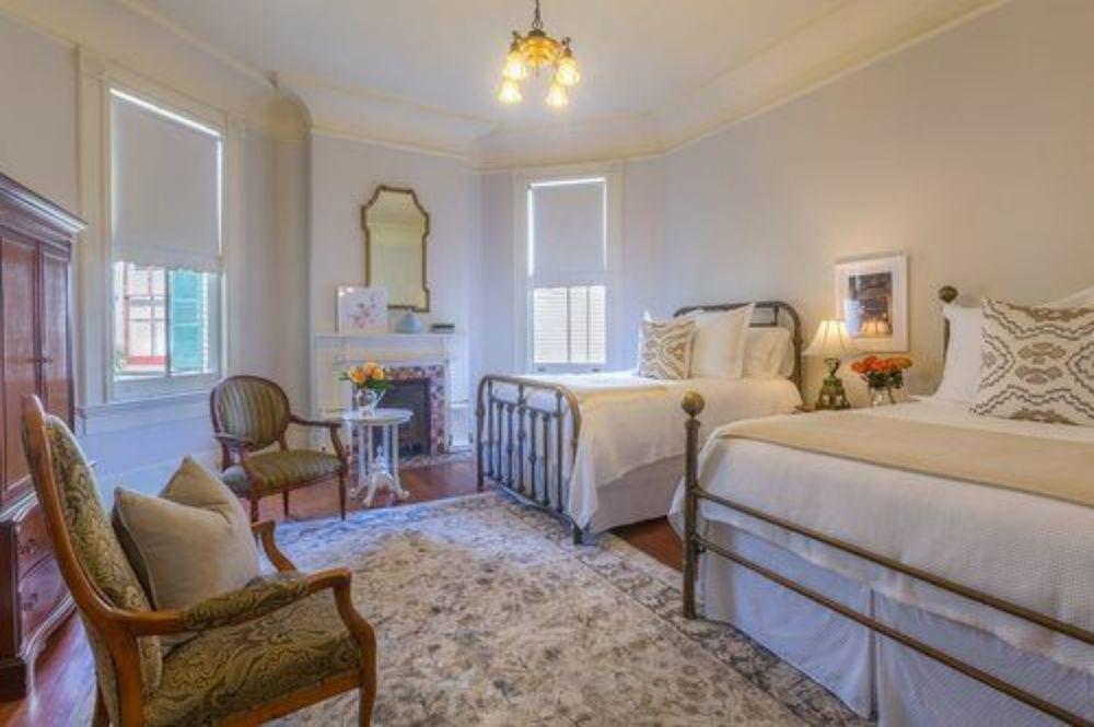 Sully Mansion Bed & Breakfast Inn 7