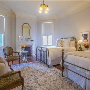 thumbnail: Sully Mansion Bed & Breakfast Inn 7