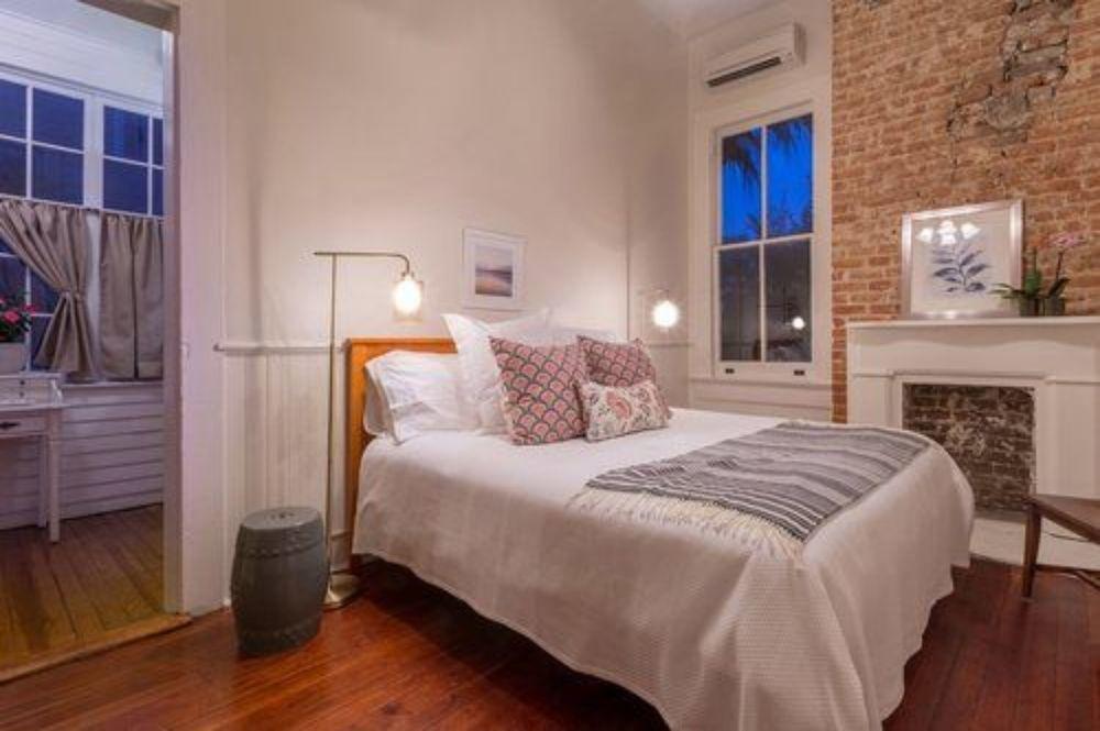 Sully Mansion Bed & Breakfast Inn 8