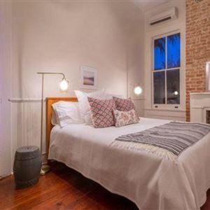 thumbnail: Sully Mansion Bed & Breakfast Inn 8