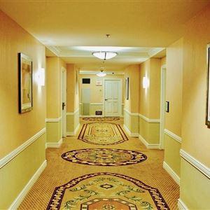 thumbnail: Hallway