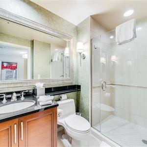 thumbnail: Deep Soaking Bathtub